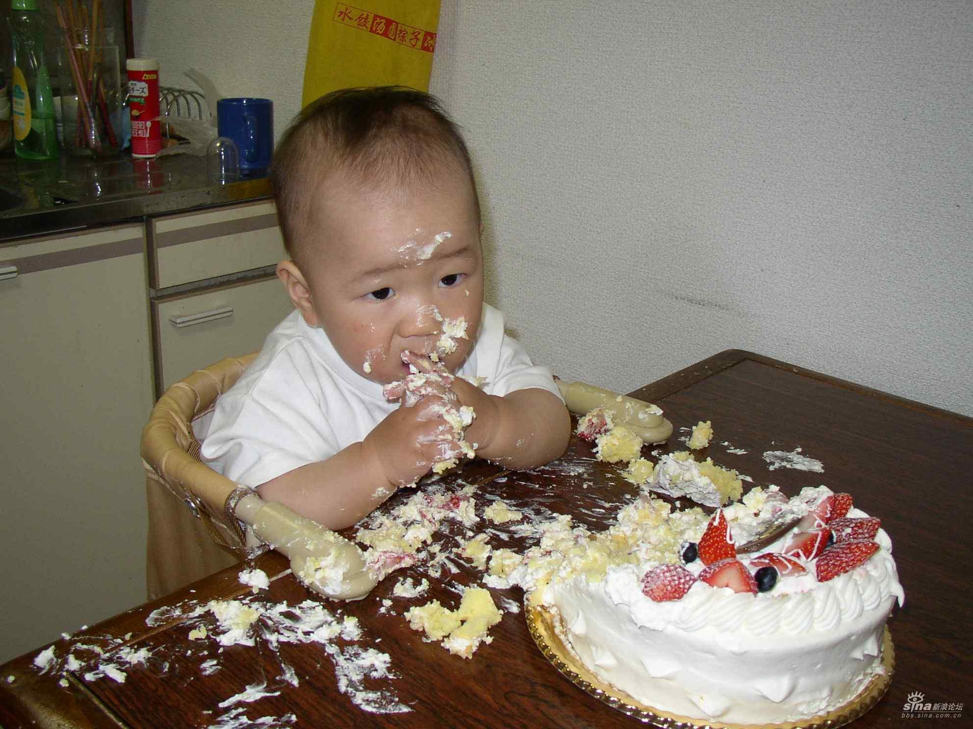 亲子 生日蛋糕/我就这样吃完了我的一岁生日蛋糕,真好吃呀