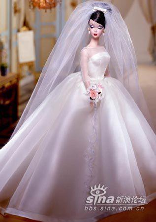 穿婚纱的芭比娃娃