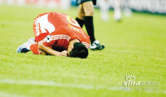 中国足球队,收拾包袱,回家忏悔吧.[拐来拐趣]图片