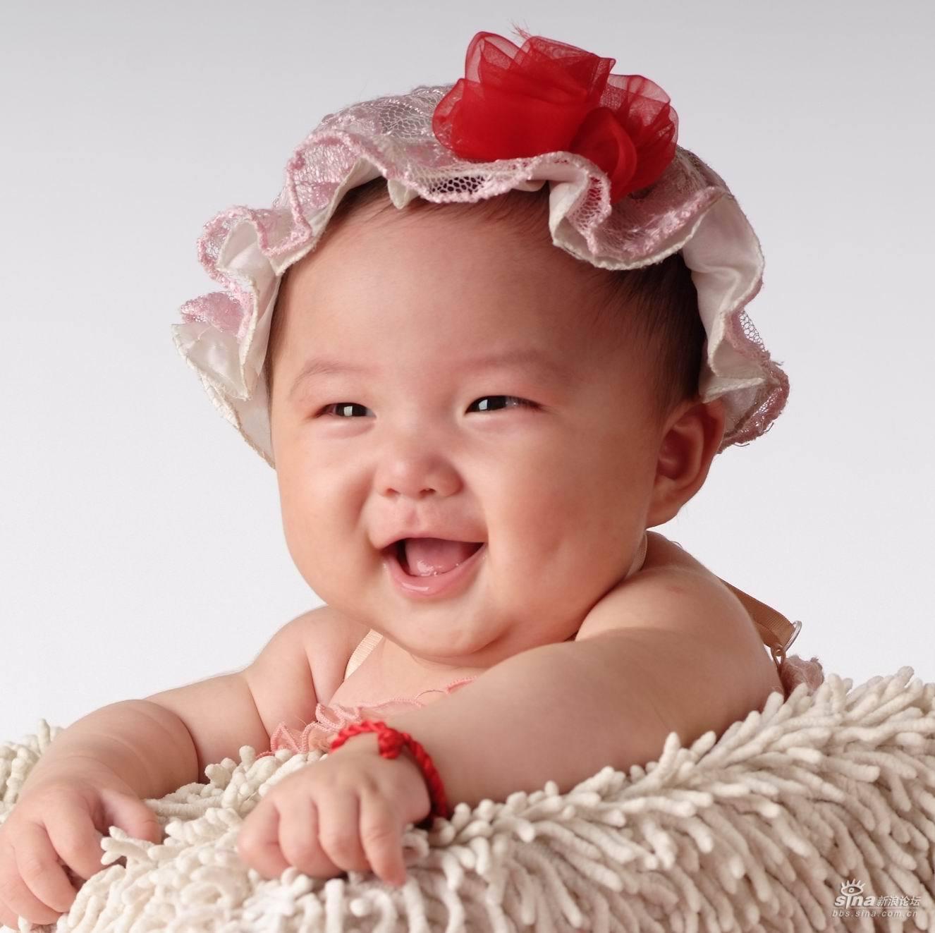 我家有个聪明可爱的奥运宝宝,名叫董子涵,女孩,2008年1月30日出生