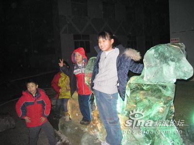 小学生冰灯制作