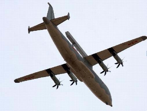 头顶轰鸣着飞机声,有空的到通州看飞机来吧