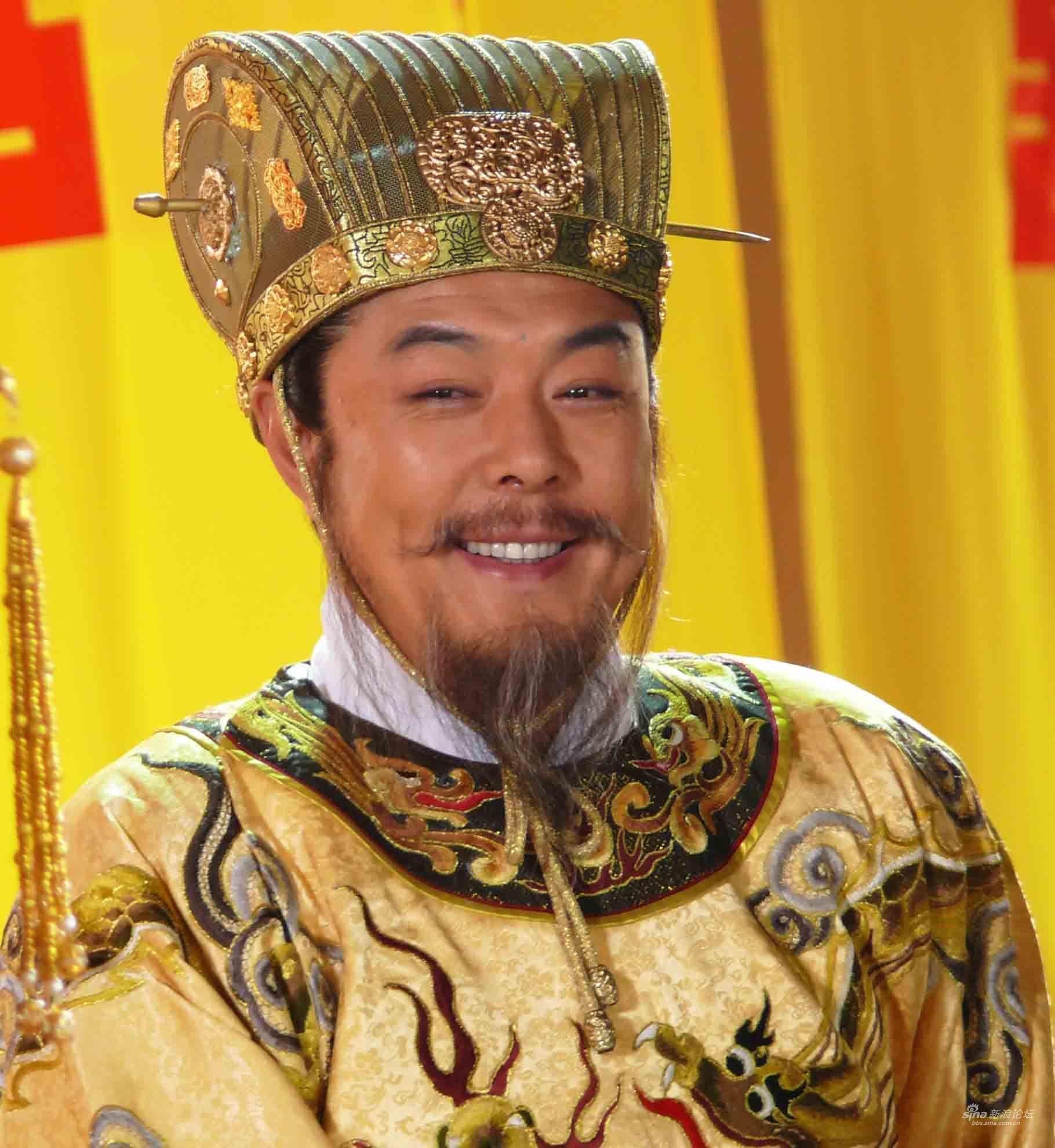 张铁林在电视剧 牡丹亭>中再现皇帝风采图片
