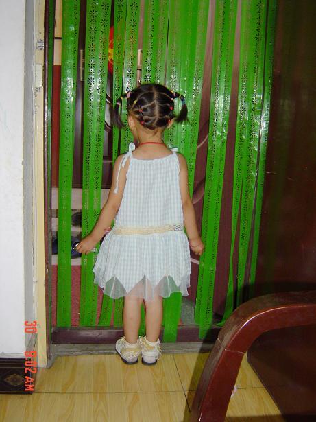 小孩子梳头发型步骤